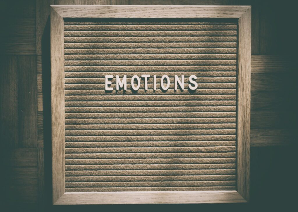 decluttering emotions